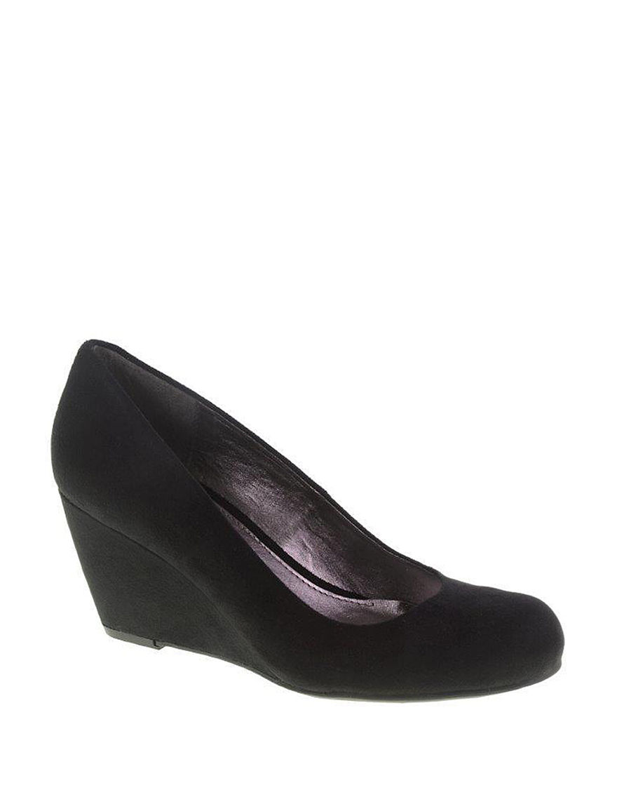 CL by Laundry Black Wedge Pumps