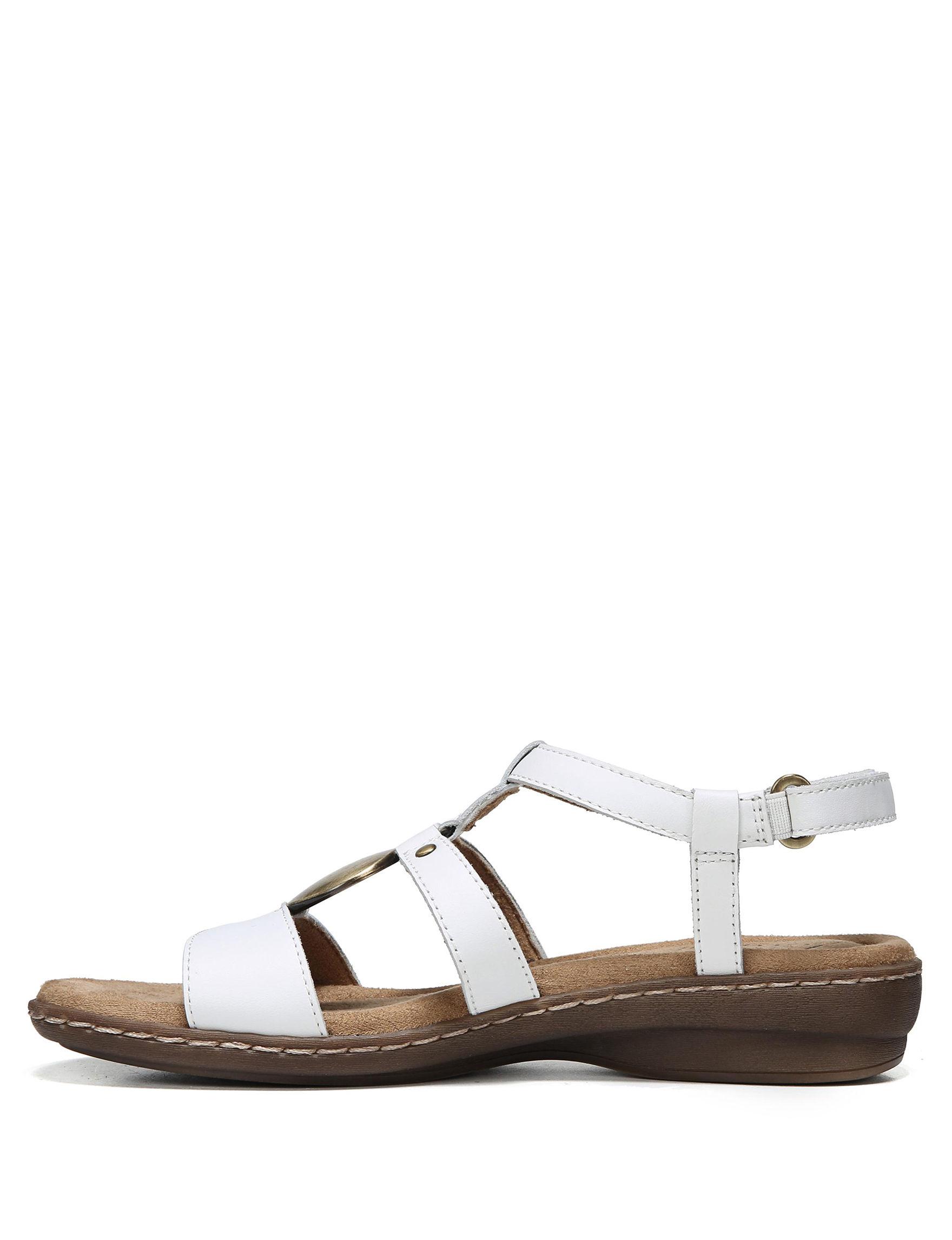 Natural Soul White Flat Sandals Footbed