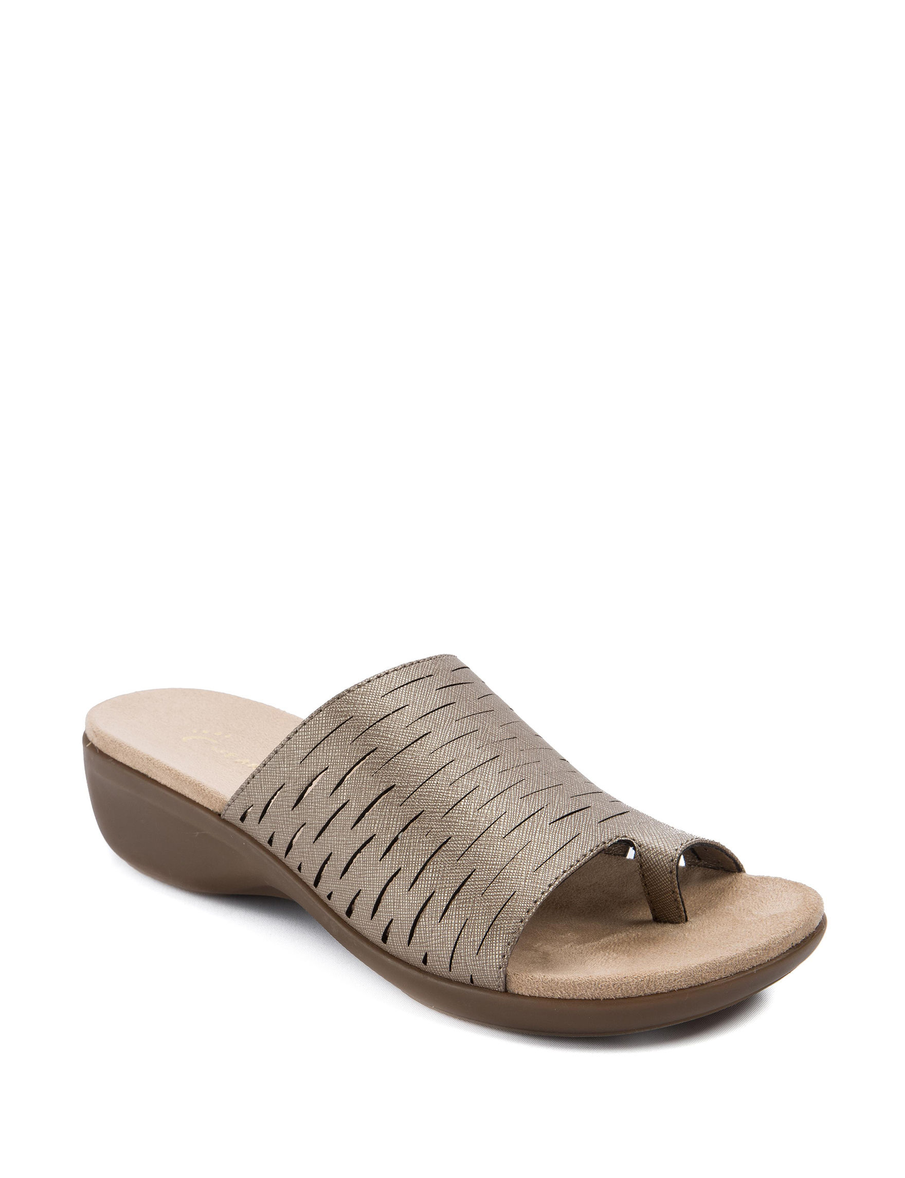Wear. Ever. Champagne Flat Sandals Footbed