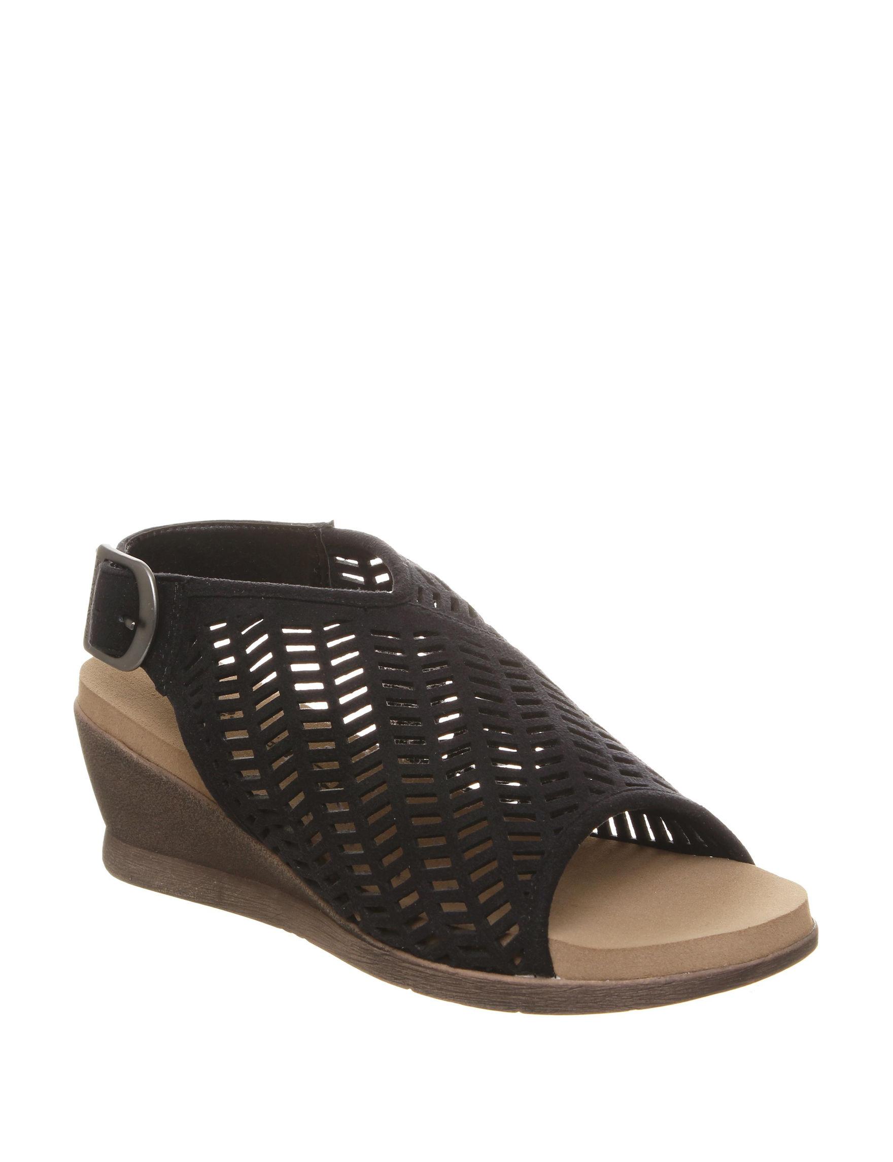 a96df9513f73 Bearpaw Roxie Wedge Sandals