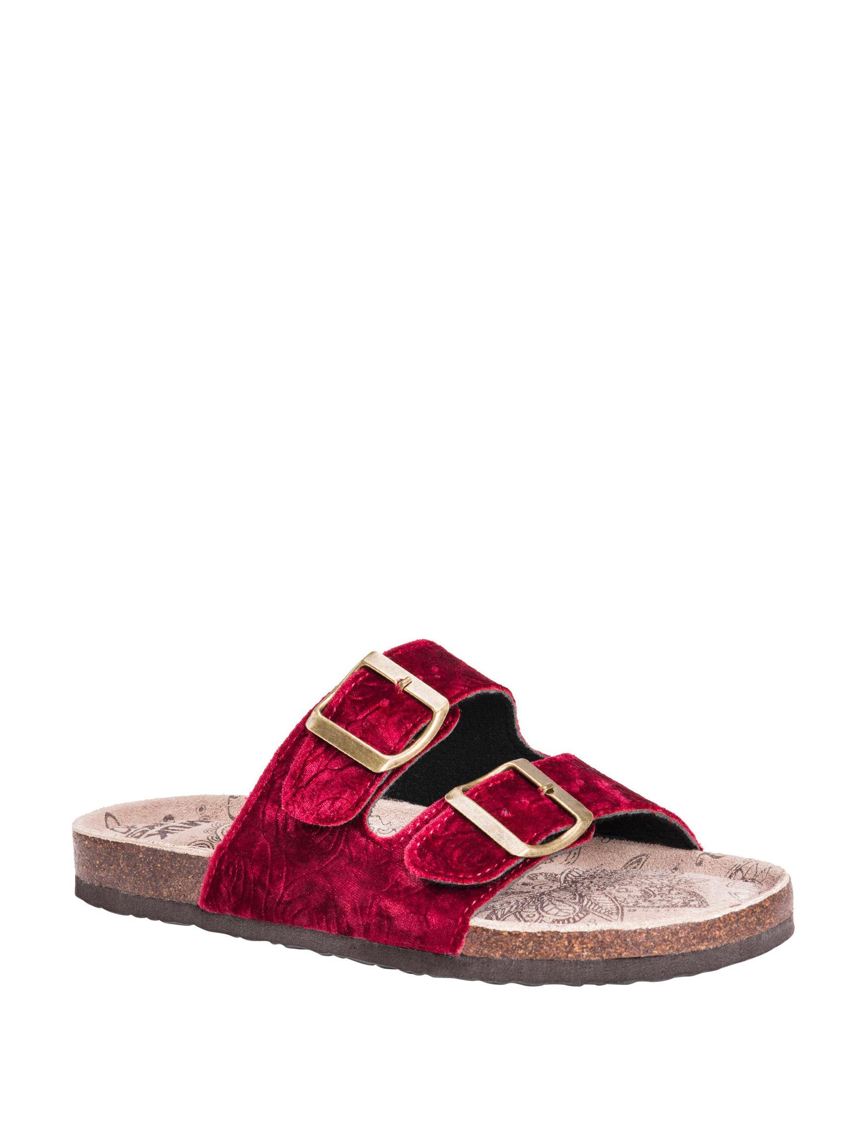 Muk Luks Red Flat Sandals Slide Sandals