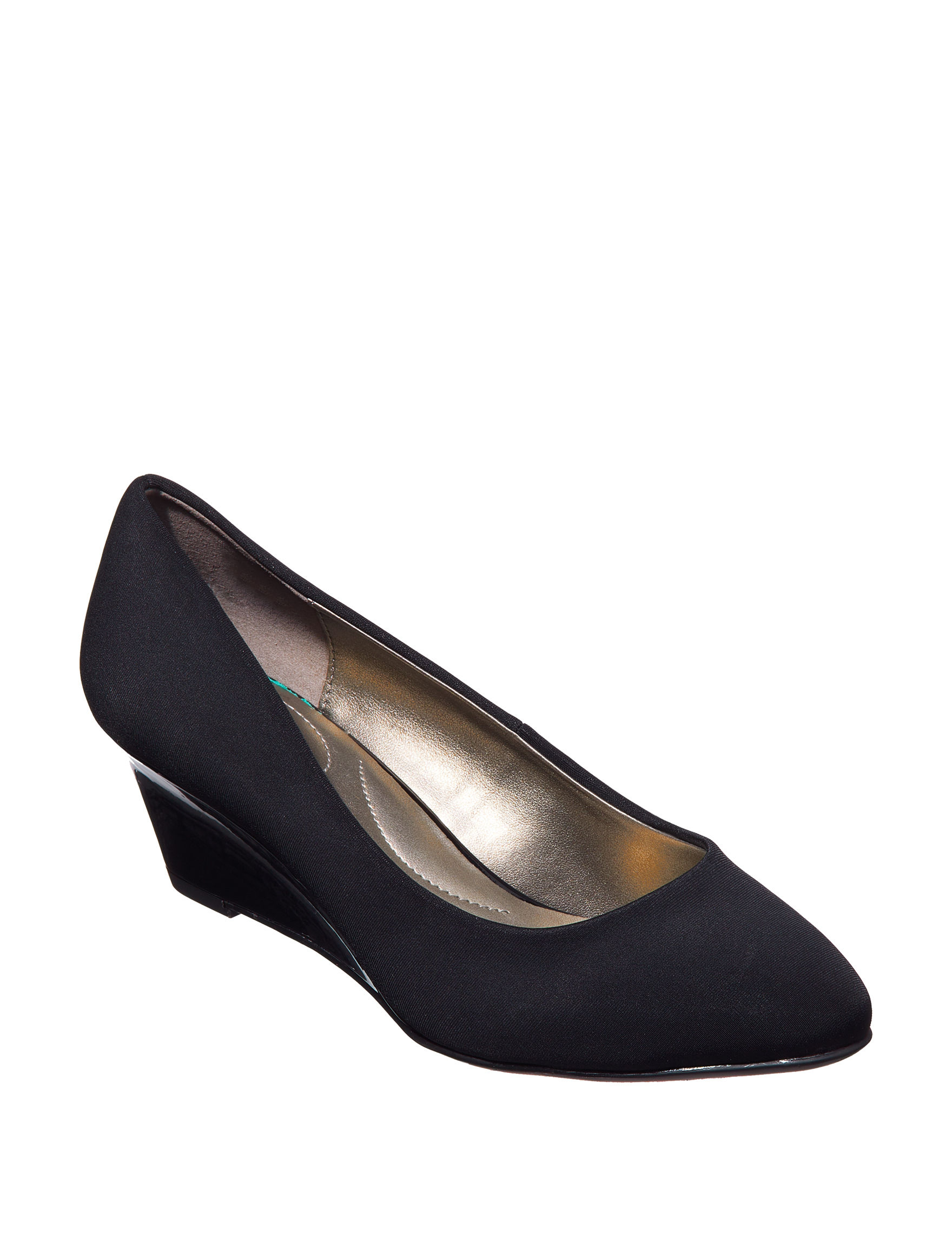 Bandolino Black Wedge Pumps