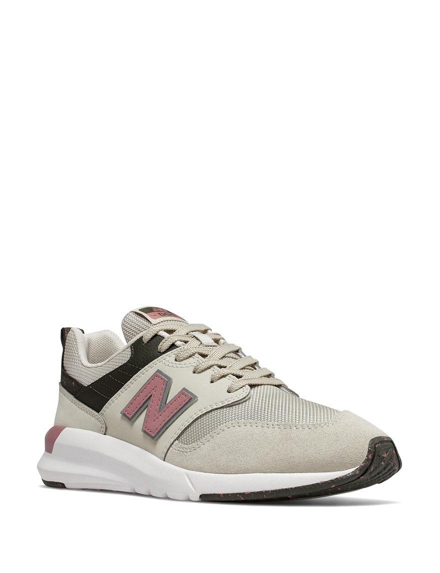 New Balance Beige / Pink Comfort Shoes