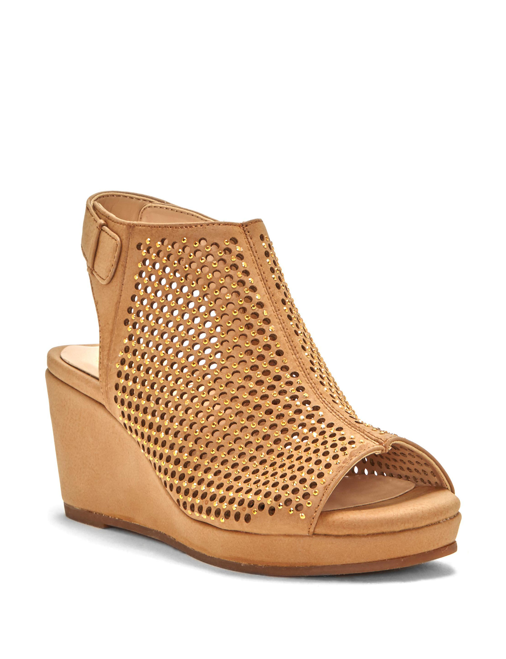 Two by Vince Camuto Tan