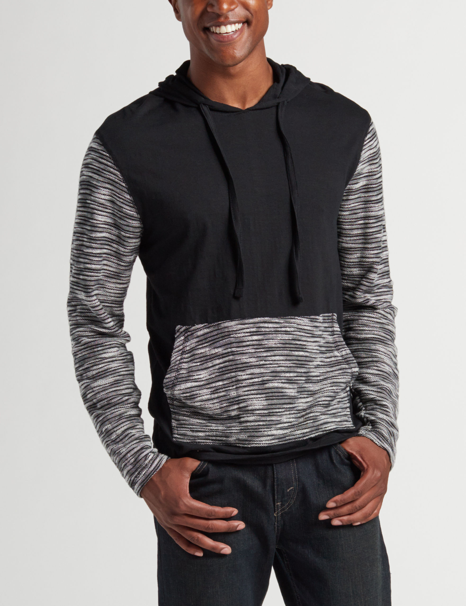 Point Zero Black / White Pull-overs