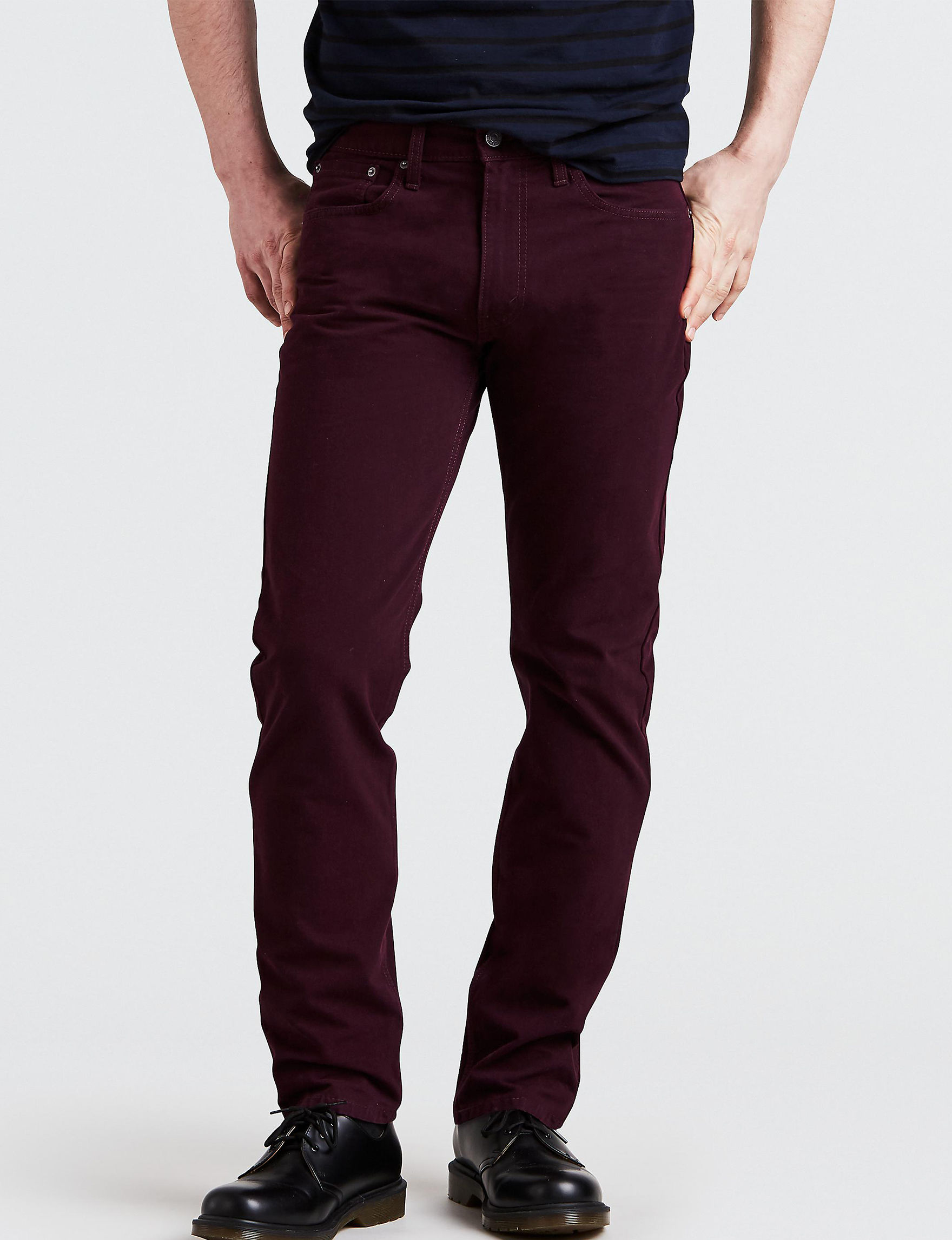Levi's Maroon Tapered