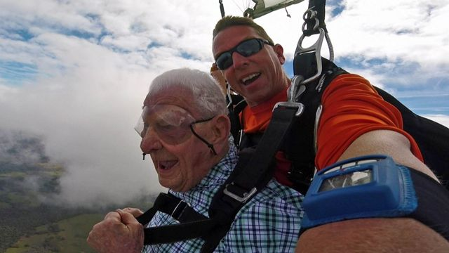 98-Year-Old World War II Veteran Skydives for His Birthday