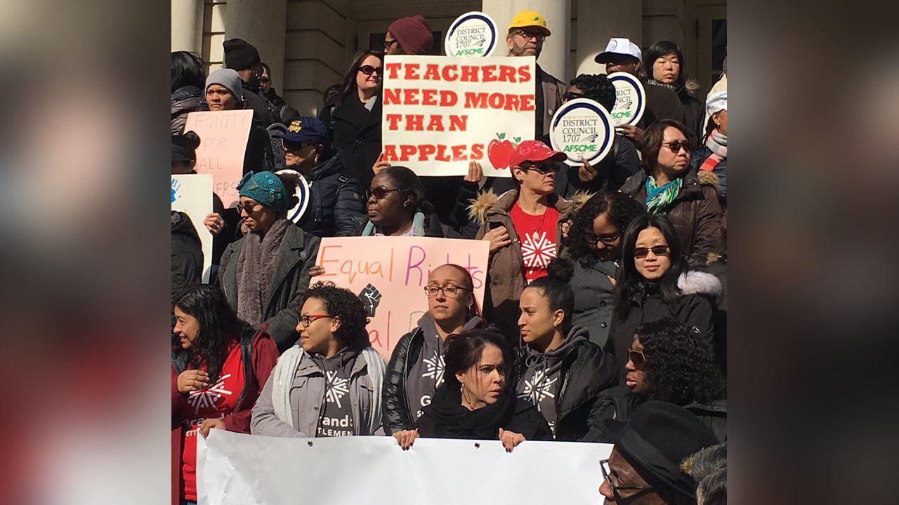 NYC Pre-k Teachers Threaten to Strike Over Pay Disparity