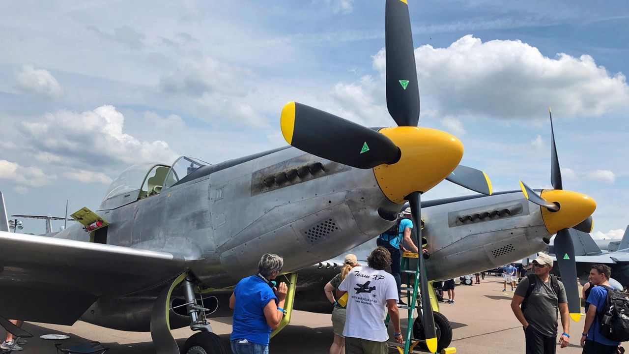 Spectators Take Walk Through Aviation History at Lakeland Expo