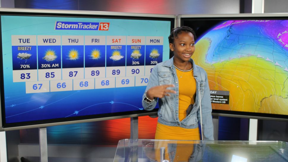 Students from Westridge Middle School in Orlando visit the Spectrum News 13 studios on Tuesday, April 9, 2019.
