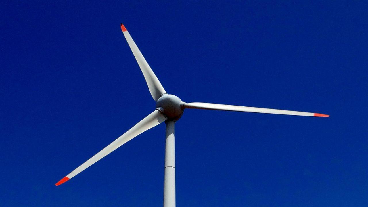 Proposed Wind Turbine Farm in Lake Erie Draws Debate During Legislative Hearing