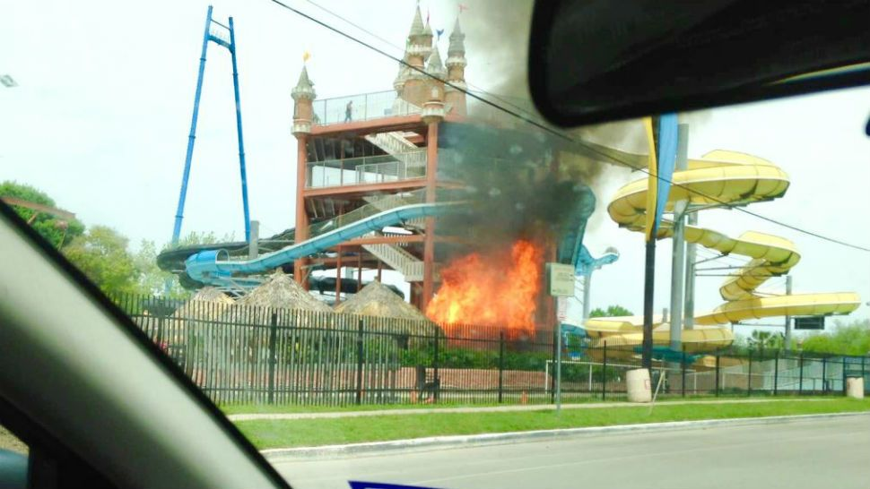 Fire Breaks Out at Schlitterbahn Water Park