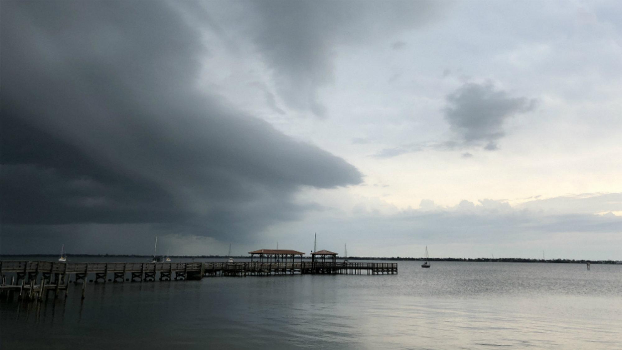 Orlando-Area Severe Weather: Storms Halt Airport Flights