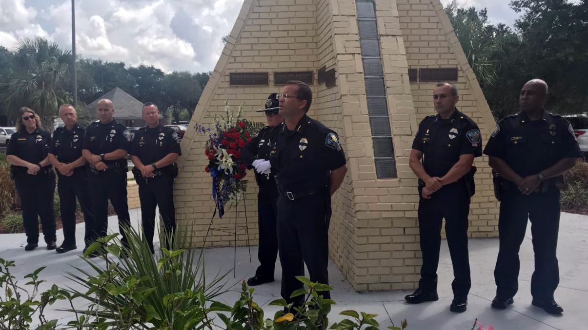 Brevard community honors 2 Palm Bay officers killed during 1987 shooting