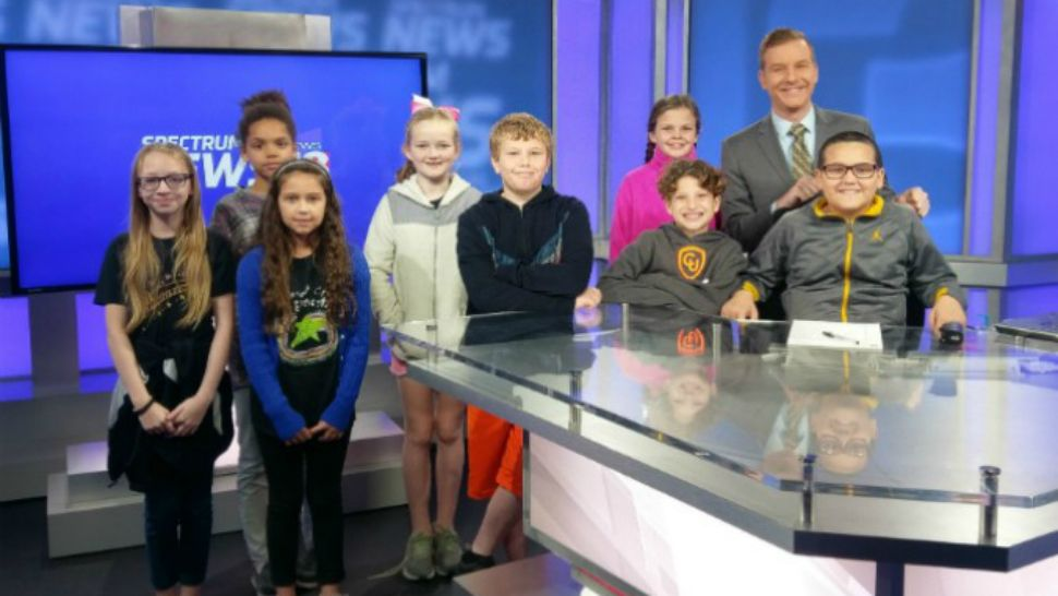 Students from Pleasant Grove Elementary visit the Spectrum News 13 studios on Wednesday, Jan. 24, 2018. (Spectrum News 13)