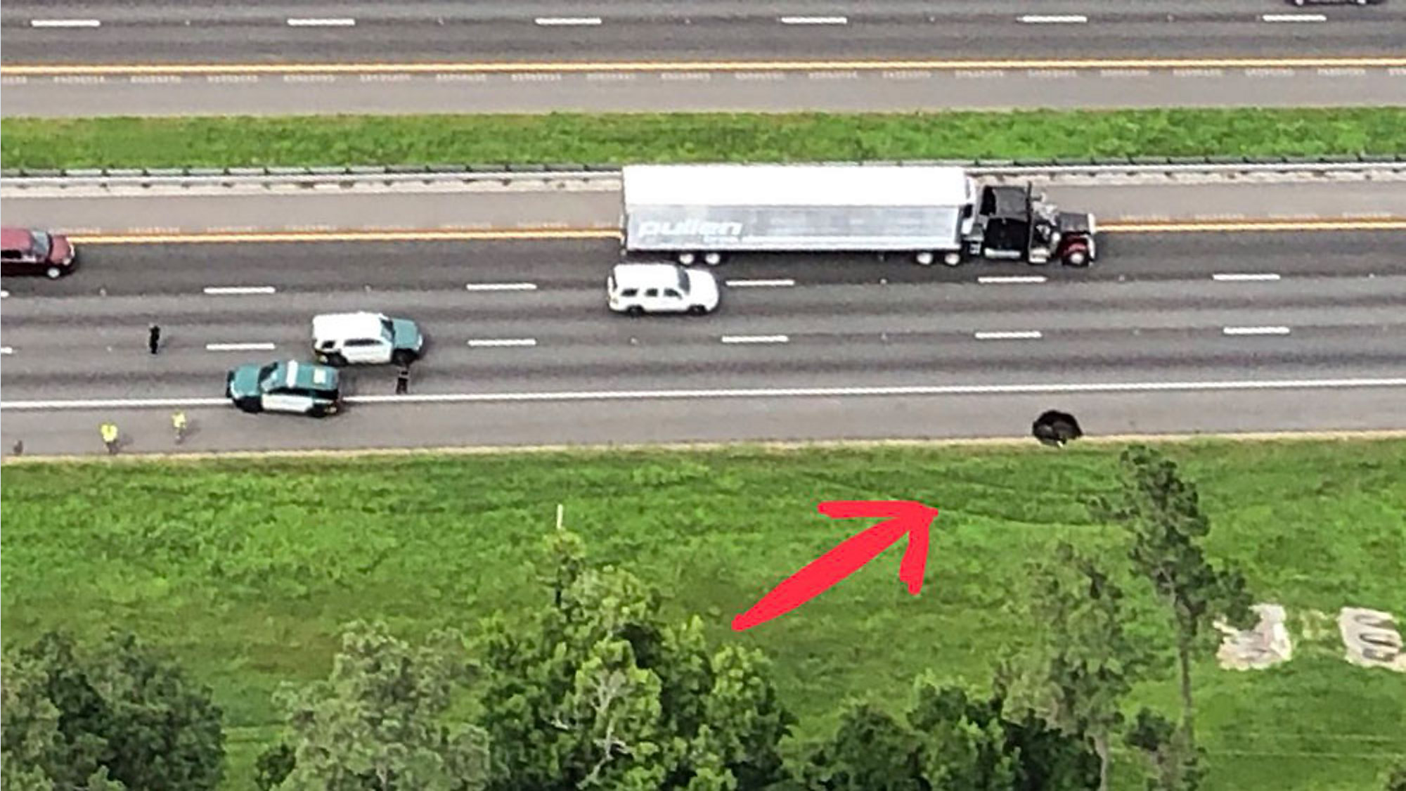 Small Sinkhole on I-75 Shuts Down 1 Lane in Gainesville