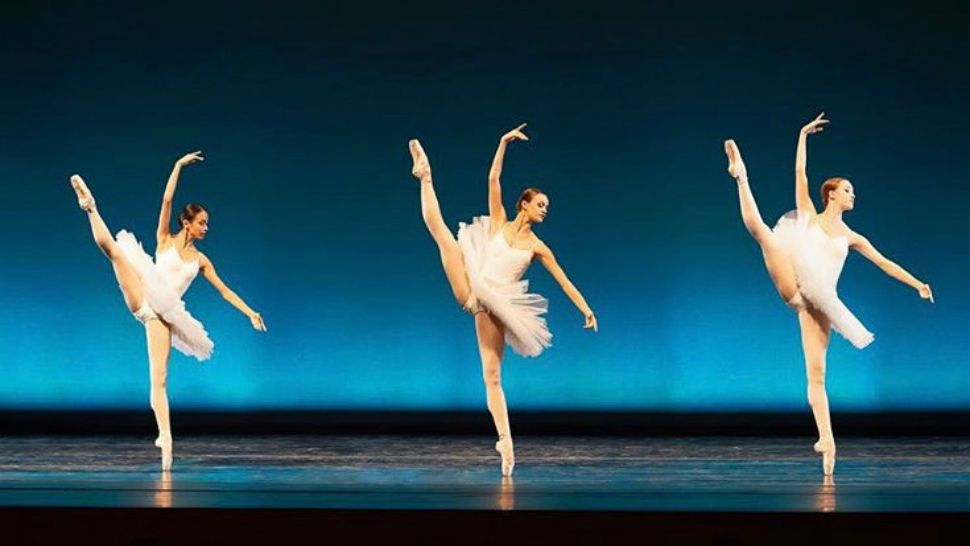 Professional Ballet Dancers Adjust To Social Distancing