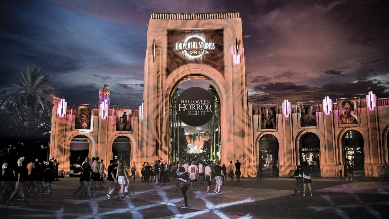 Universal hiring thousands for HHN, other roles at resort