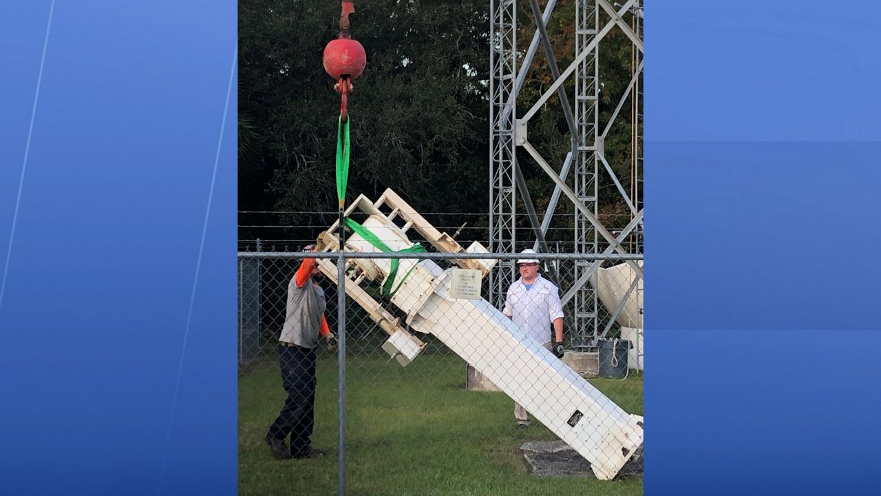 Radar pedestal coming down for StormTracker 13, the station's old radar being replaced with the more powerful Klystron 13.