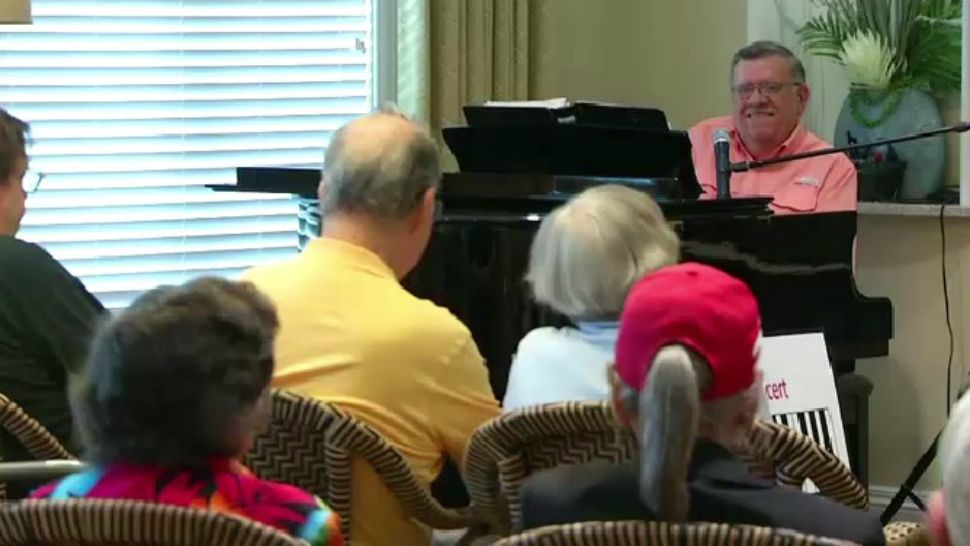 EVERYDAY HERO: 'Piano Man' Plays the Hits at Retirement Community