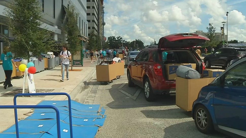 "UCF, Valencia Students Move Into New ""Amazing"" Downtown Campus"