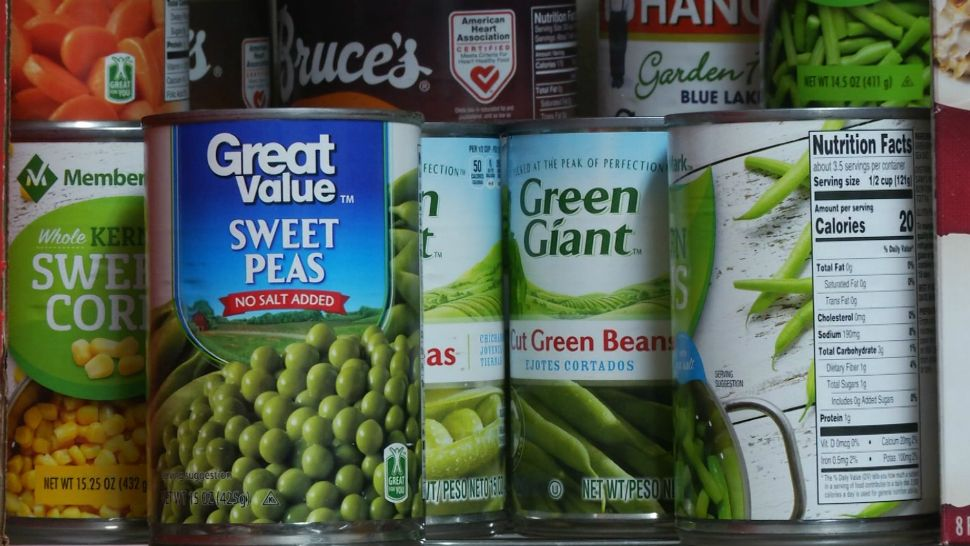 Tampa Bay Food Banks Prepare for Pandemic's Long-Term Effects on Families in Need