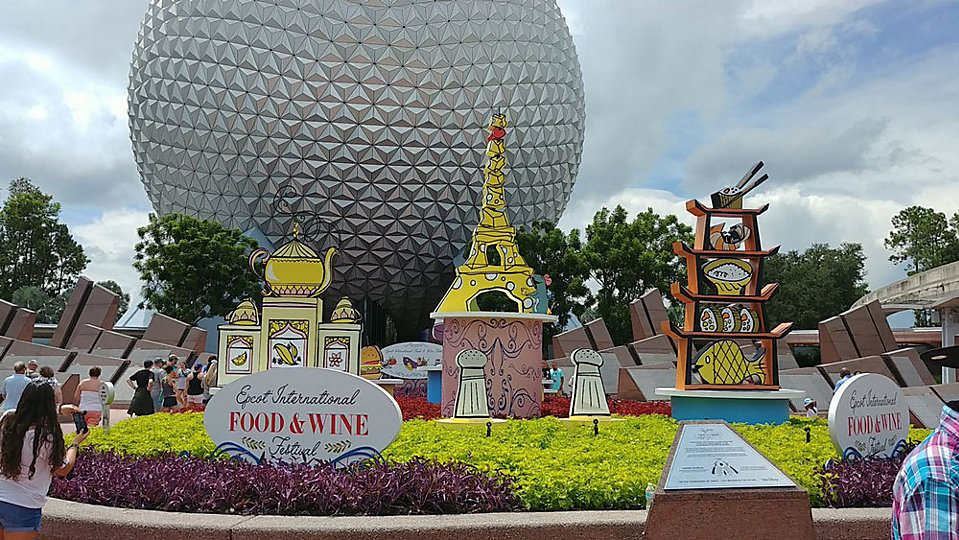 The Epcot International Food and Wine Festival started Thursday and runs through Nov. 12. (Ashley Carter, Staff)