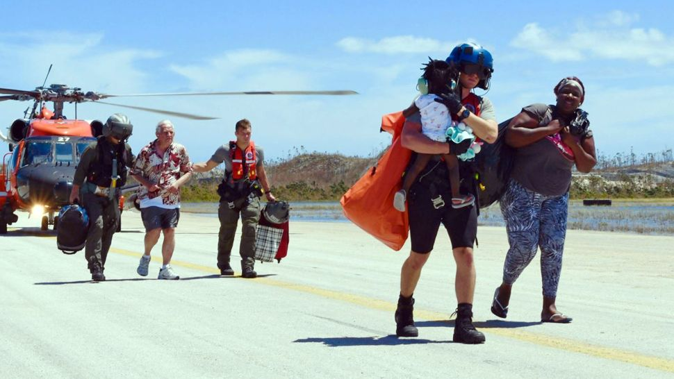 Us Coast Guard Help Those Left In Bahamas