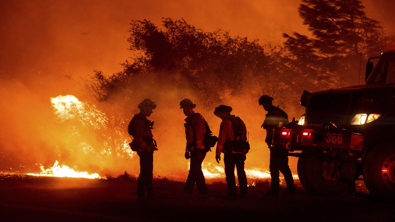 U.S. Marine Helicopters • Support Firefighting Efforts in Southern California • Sept. 9, 2020