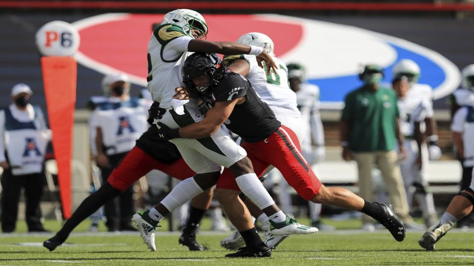 USF's Rough Start Continues as Turnovers Doom Bulls in Loss to No. 15 Cincinnati