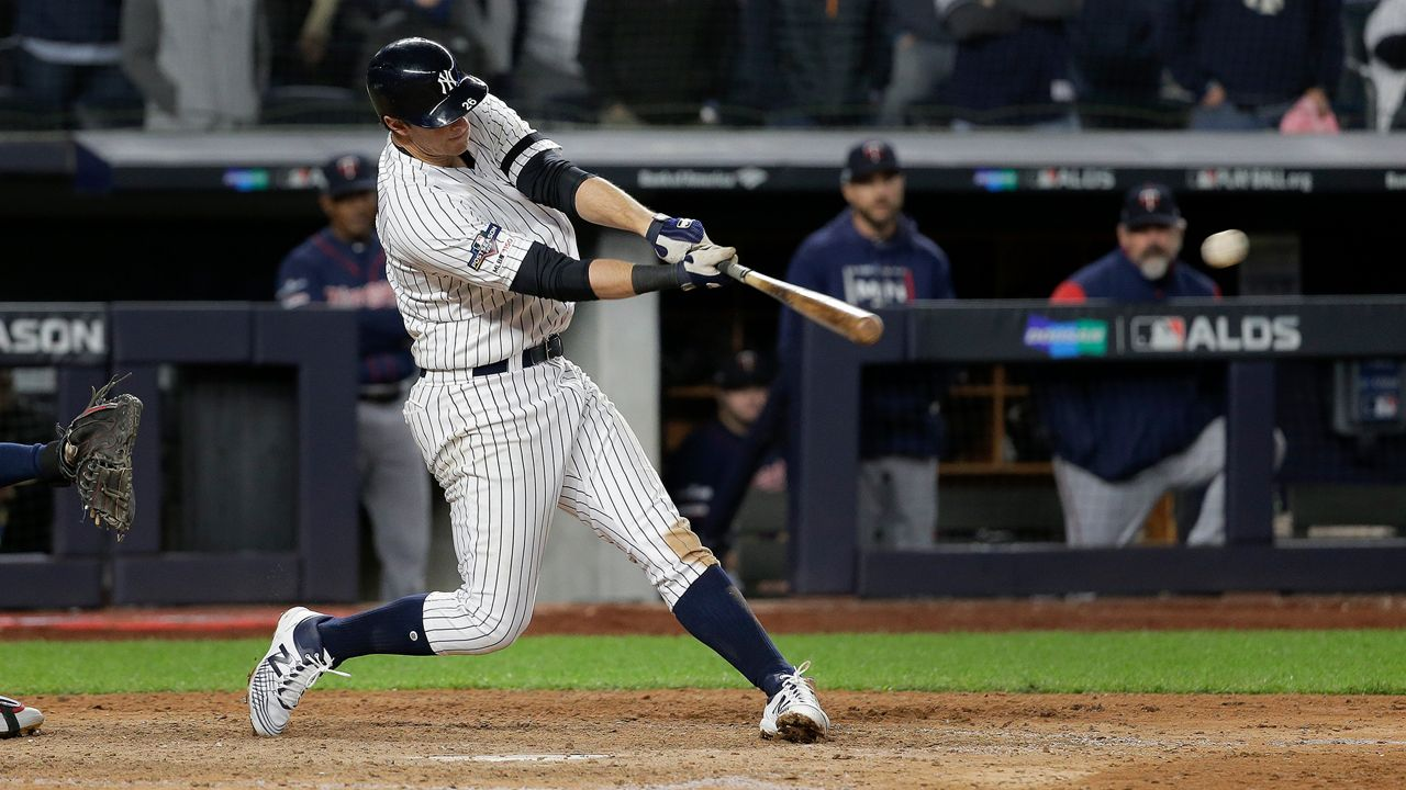 Lemahieu Yankees Torment Twins Again 10 4 In Alds Opener