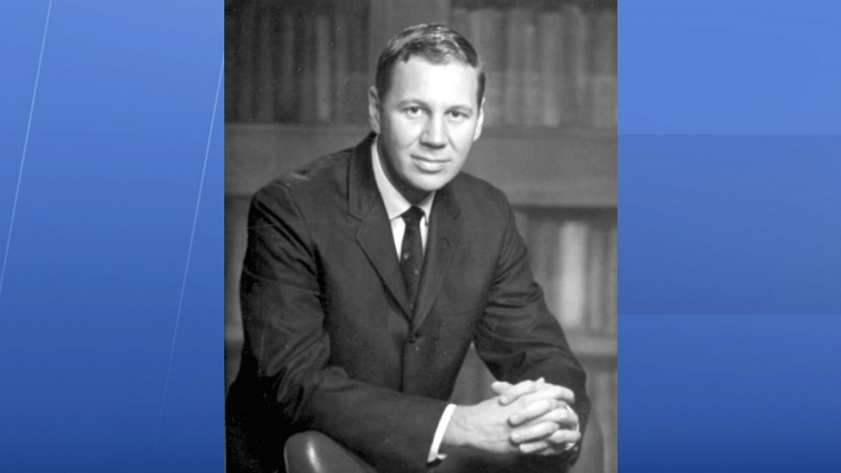 Republican Lou Frey was a political rookie when he ran for Congress in 1968. (File)