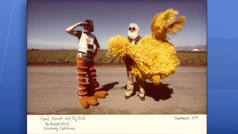 Caroll Spinney filming Big Bird's cameo in The Muppet Movie. (Copper Pot Films)