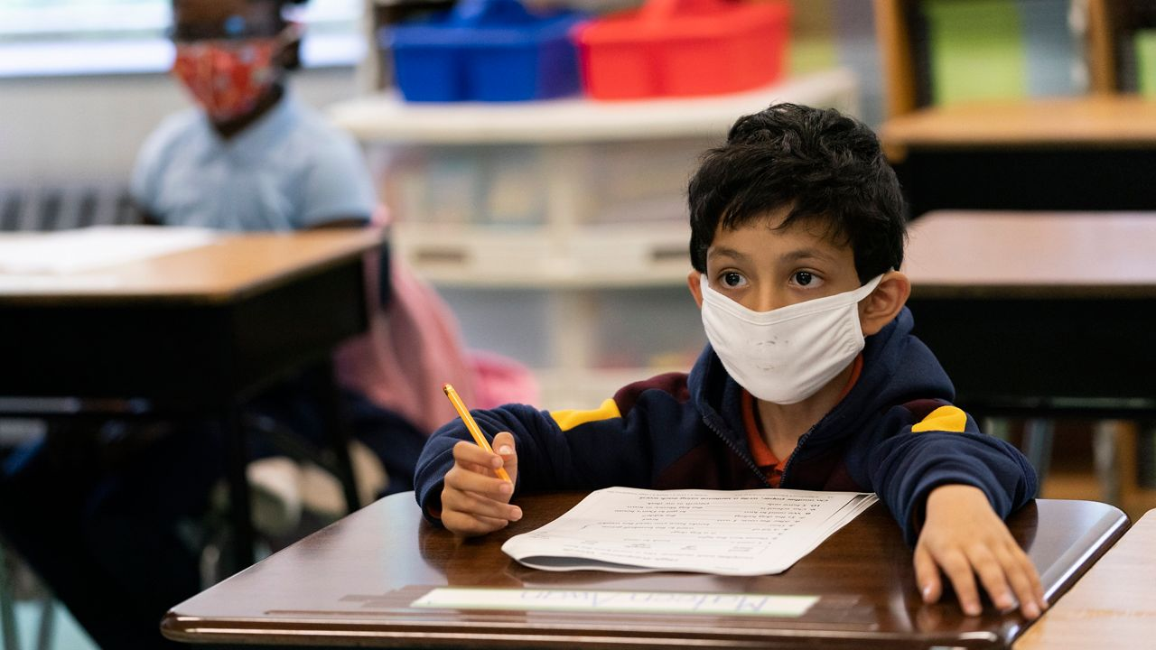 Florida education commissioner: Districts can make facemasks voluntary for new school year