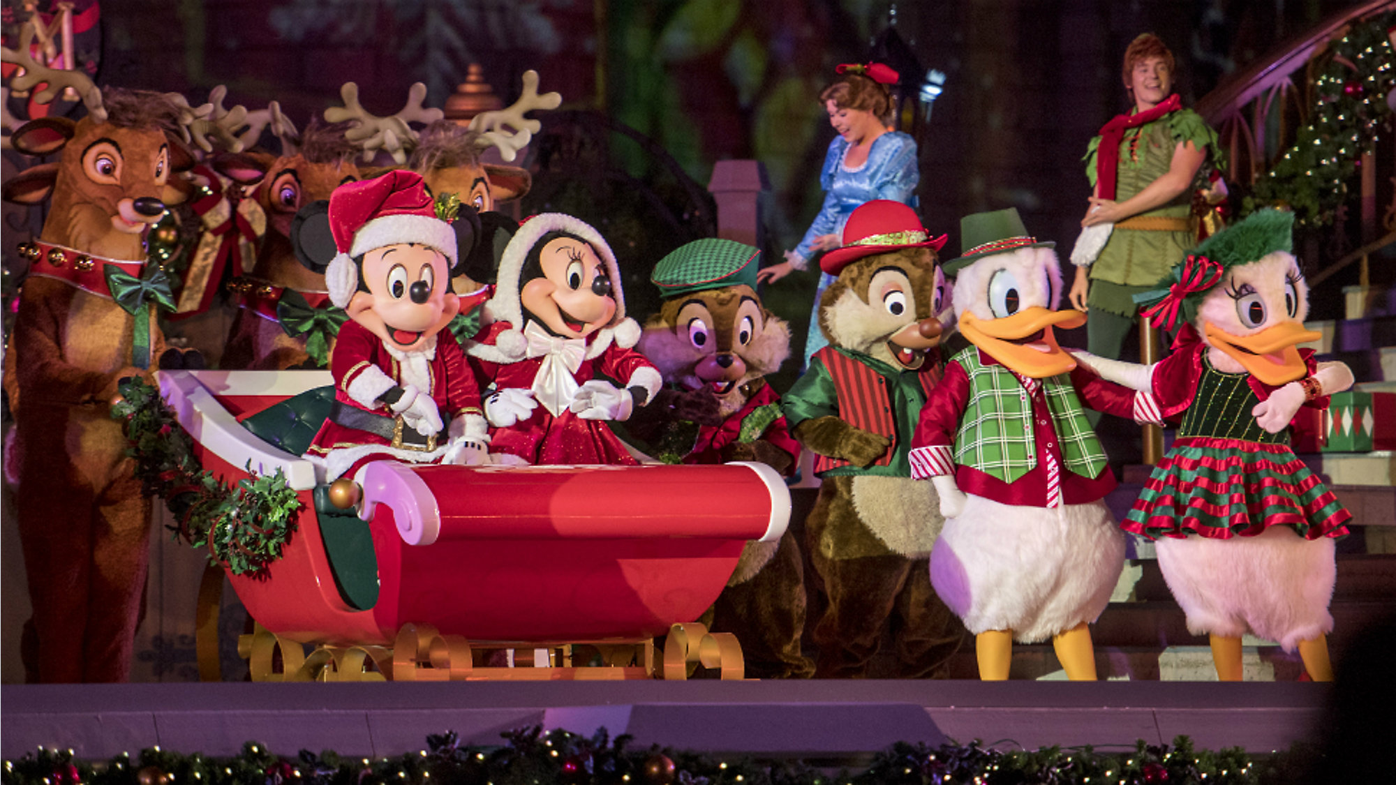 Mickey Christmas Party.New Festivities At Mickey S Very Merry Christmas Party