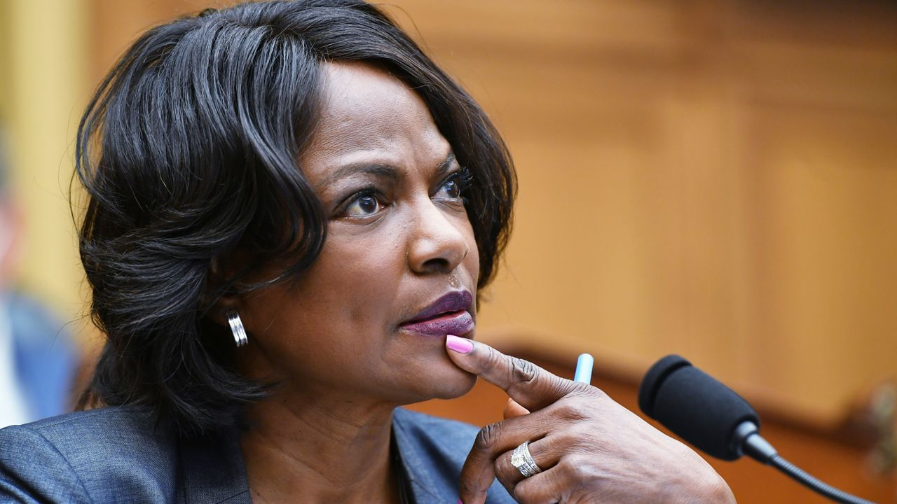 Report: Val Demings may run for Senate to oust Rubio