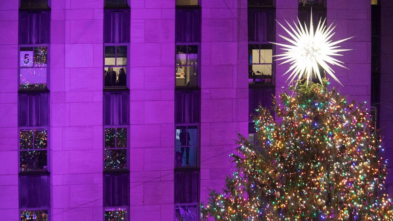 Christmas Tree In Nyc.Rockefeller Center Christmas Tree Lighting