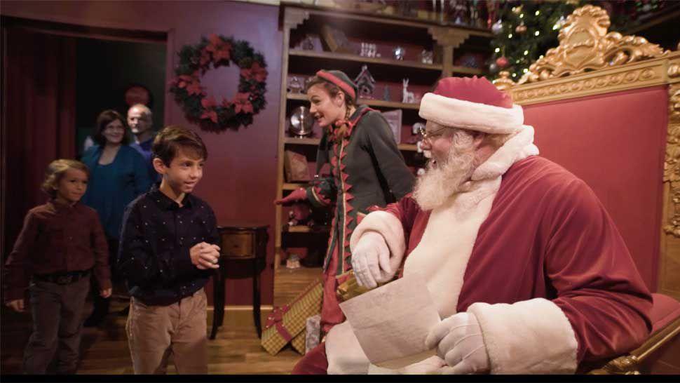 Busch Gardens Christmas Town Tampa.Ott Get Lit With Santa At Busch Gardens Christmas Town