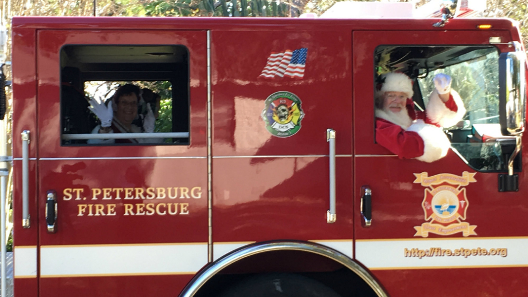 St  Pete Fire Rescue Teams With Santa to Help Fire Victims
