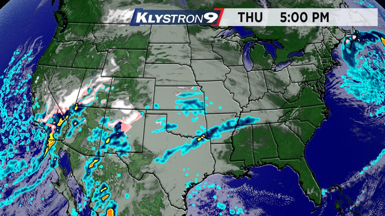 Thanksgiving weather radar - 5 p.m. Thursday