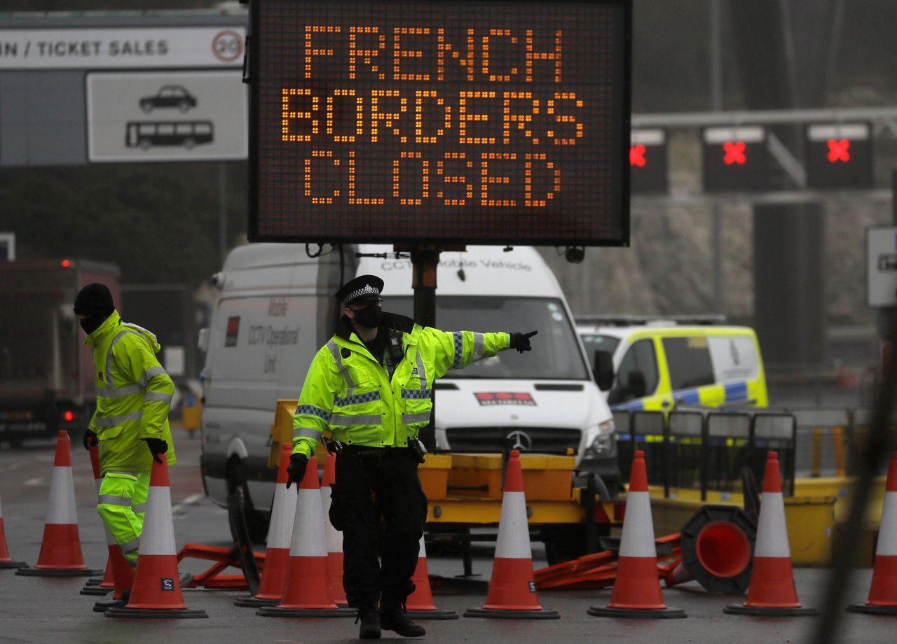 Uk To Hold Virus Crisis Talks After France Closes Border