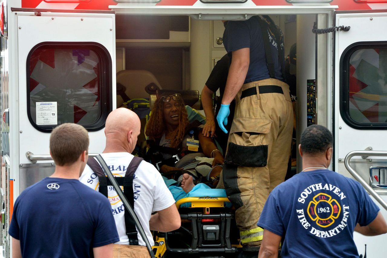 Sheriff: 1 dead, 1 shot at Walmart in Mississippi