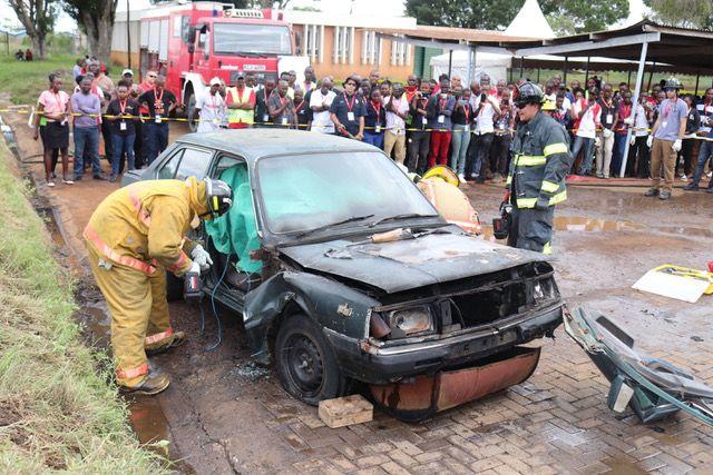 Africa Fire Mission proporciona una demostración de extinción de incendios (Foto: proporcionada)