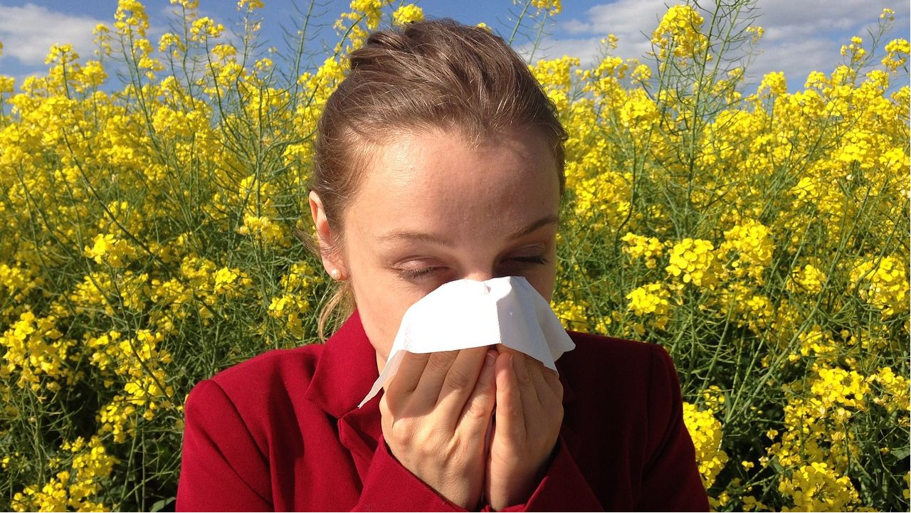 How to determine if your symptoms are allergies or COVID-19