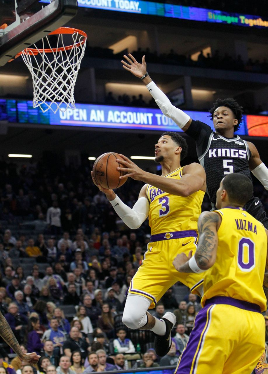Bogdanovic's 3 at buzzer sends Kings past Lakers, 117-116