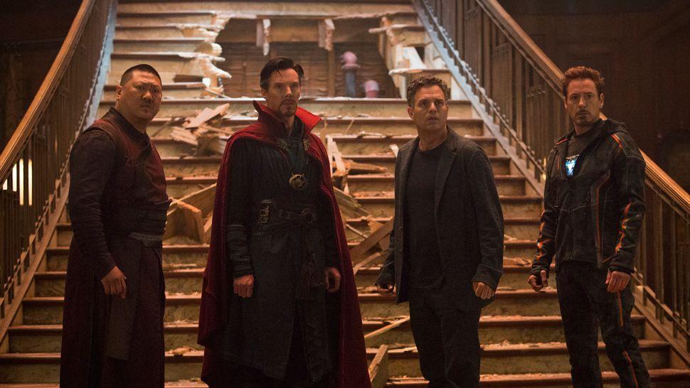 Marvel Studios' AVENGERS: INFINITY WAR..L to R: Wong (Benedict Wong), Doctor Strange/Stephen Strange (Benedict Cumberbatch), Bruce Banner/Hulk (Mark Ruffalo), Iron Man/Tony Stark (Robert Downey Jr.). Photo: Chuck Zlotnick..©Marvel Studios 2018