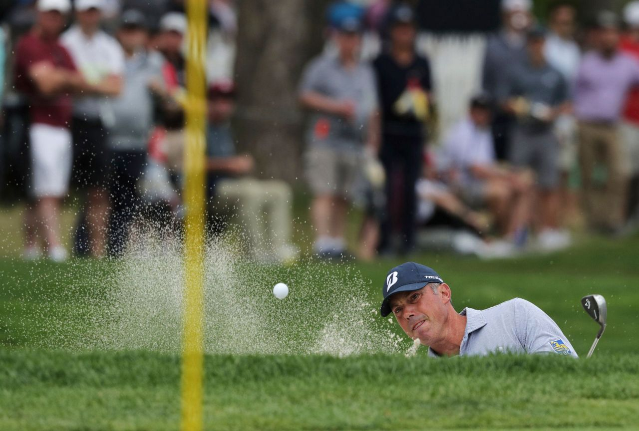 The Latest: Beem Closes Up-and-down PGA With Another 69