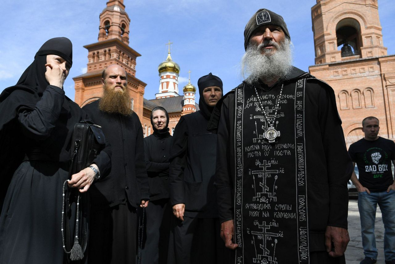 Russia_Rebel_Monk_87924