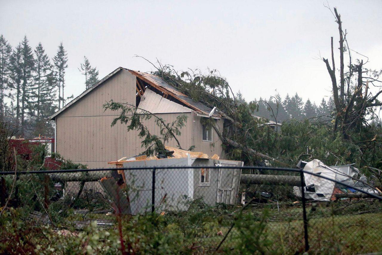 Ny 1 Weather >> Crews assess damage from Washington state tornado