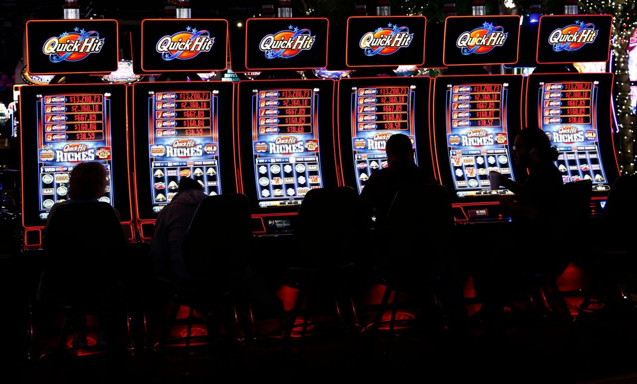 In Oklahoma, governor tests power of tribal gambling